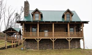 1915 Little Cove Rd, Sevierville, TN 37862
