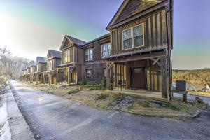 604 Round Lake Circle, Andersonville, TN 37705
