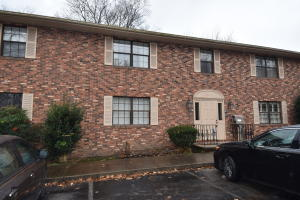 810 Highland Drive, Unit 303, Knoxville, TN 37912