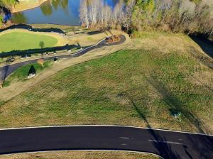 305 Goldcrest Drive, Vonore, TN 37885
