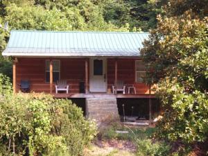12360 Chapman Hwy, Seymour, TN 37865
