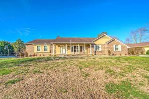 107 Artesia Drive, Oak Ridge, TN 37830