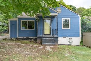2412 NE Amber St, Knoxville, TN 37917