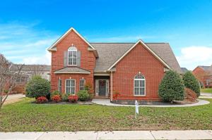 1415 Staffwood Rd, Knoxville, TN 37922