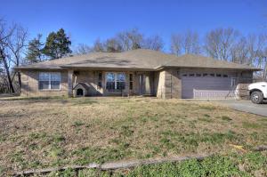 521 Cedar Top Drive, Sevierville, TN 37876