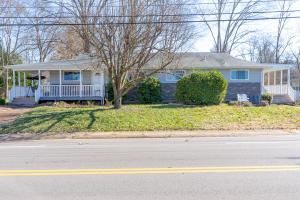 175 N Purdue Ave-01