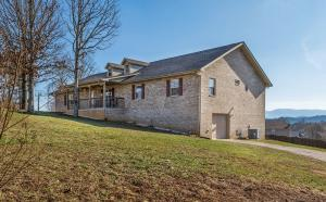 1315 Old Red Ln Lane, Sevierville, TN 37876