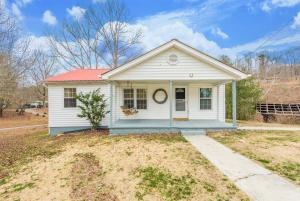 324 Little Valley Rd, Maynardville, TN 37807