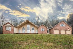 Property for sale at 797 Twin Hills Lane, Jacksboro,  TN 37757
