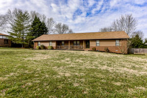 2111 Chesterfield Drive