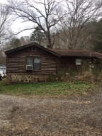 713 Charles Young Rd, Walland, TN 37886