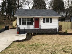 493 W Outer West Drive, Oak Ridge, TN 37830