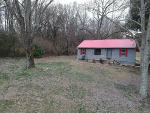 1943 Jackson Rd, Knoxville, TN 37921