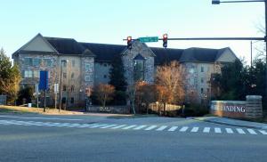 850 Volunteer Landing Lane, Unit 103, Knoxville, TN 37915