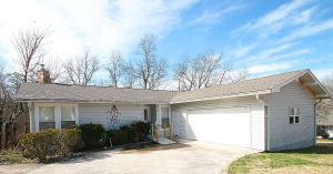 422 Lakeview Drive, Crossville, TN 38558