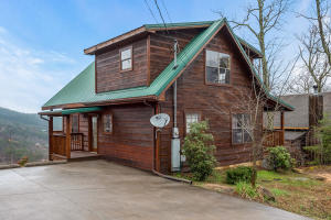 2222 Windswept View Way, Sevierville, TN 37876