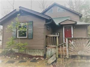 6010 Georgia St, Tallassee, TN 37878