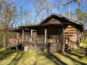 863 Dry Valley Rd, Townsend, TN 37882