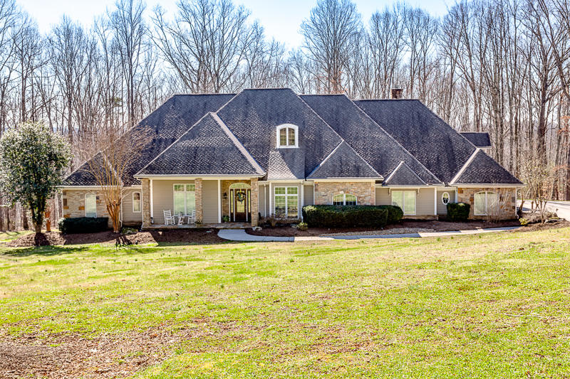 20190312102624739975000000-o Clinton anderson county homes for sale