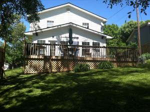 680 Lake Drive Lane, Lafollette, TN 37766