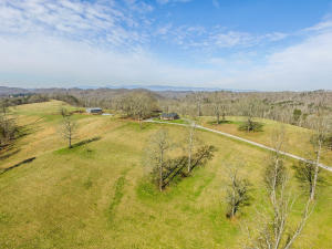 171 Mcgill Branch Lane, Heiskell, TN 37754