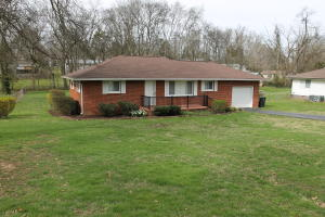 605 W Ford Valley Rd, Knoxville, TN 37920