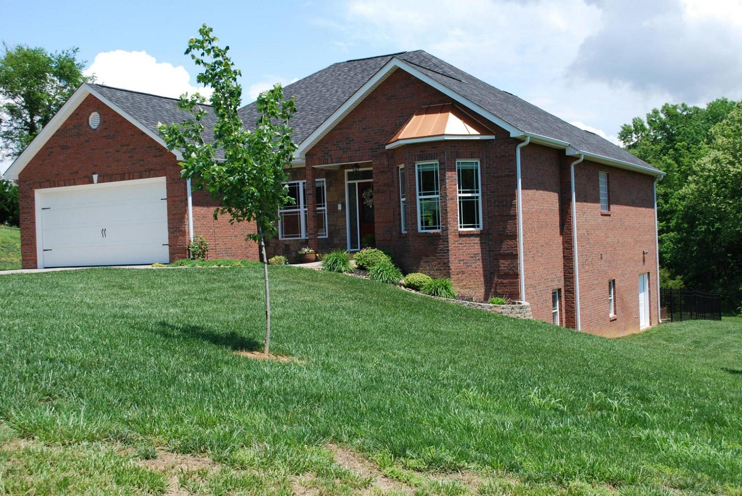 20190314202649535247000000-o Clinton anderson county homes for sale