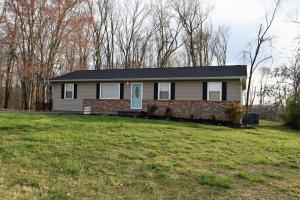 Strawberry Plains (Jeff Co) 3 BR/ 2 Bath rancher with office