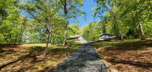 115 Old Rockwood Hwy, Harriman, TN 37748