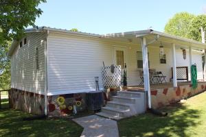 417 Cedar Ave, Luttrell, TN 37779