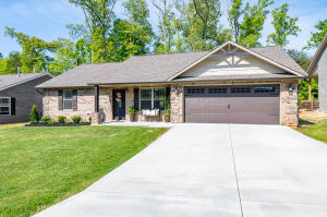 WELCOME HOME! Absolutely stunning Maintenance Free Ranch Style Home.
