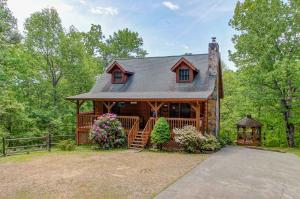 1855 Spring Hill Drive, Sevierville, TN 37876