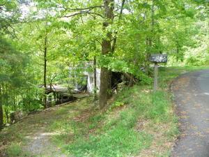 749 Lloyd Huskey Road, Pigeon Forge, TN 37863