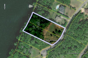 Great Lakefront Living Opportunity
