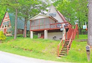 5602 Lakeshore Drive, Tallassee, TN 37878
