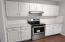 Kitchen Counters & Range 209 River Ford
