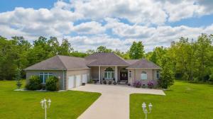 300 Clarington Park Drive, Crossville, TN 38572
