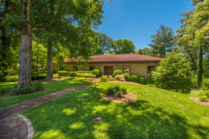 601 Westborough Rd, Knoxville, TN 37909