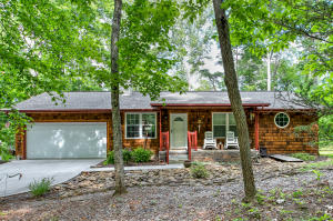 1096 Cove Norris Rd, Caryville, TN 37714