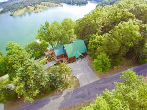 Property for sale at 1994 Chapel Rd, Sevierville,  Tennessee 37876
