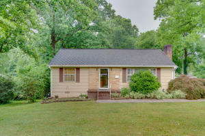 1114 Craig Rd, Knoxville, TN 37919