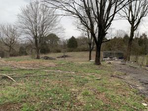 200 N Wooddale Rd, Strawberry Plains, TN 37871