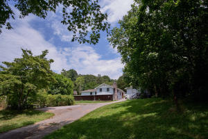 Property for sale at 9427 Smoky Row Rd, Strawberry Plains,  Tennessee 37871