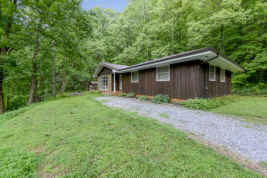 Property for sale at 324 Nichols Branch Rd, Tellico Plains,  Tennessee 37385