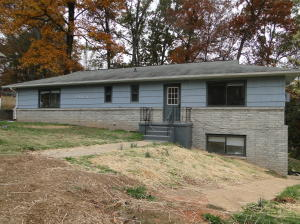 Triplex 5504 5th St, Knoxville 37918