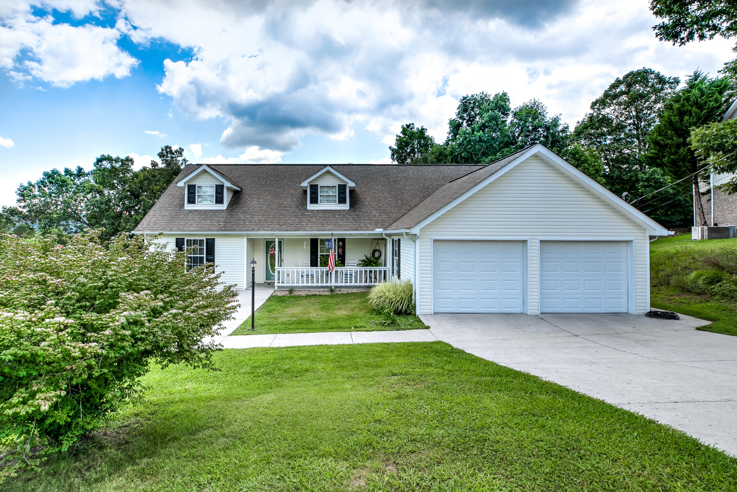 20190724120621349369000000-o Rocky Top anderson county homes for sale