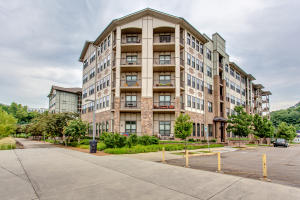 445 W Blount Ave, Apt 216, Knoxville, TN 37920