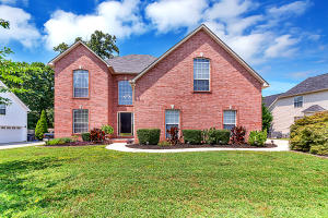 4 Bedroom Home on Fenced Lot