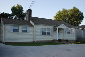 424 Winchester Ave, Middlesboro, KY 40965