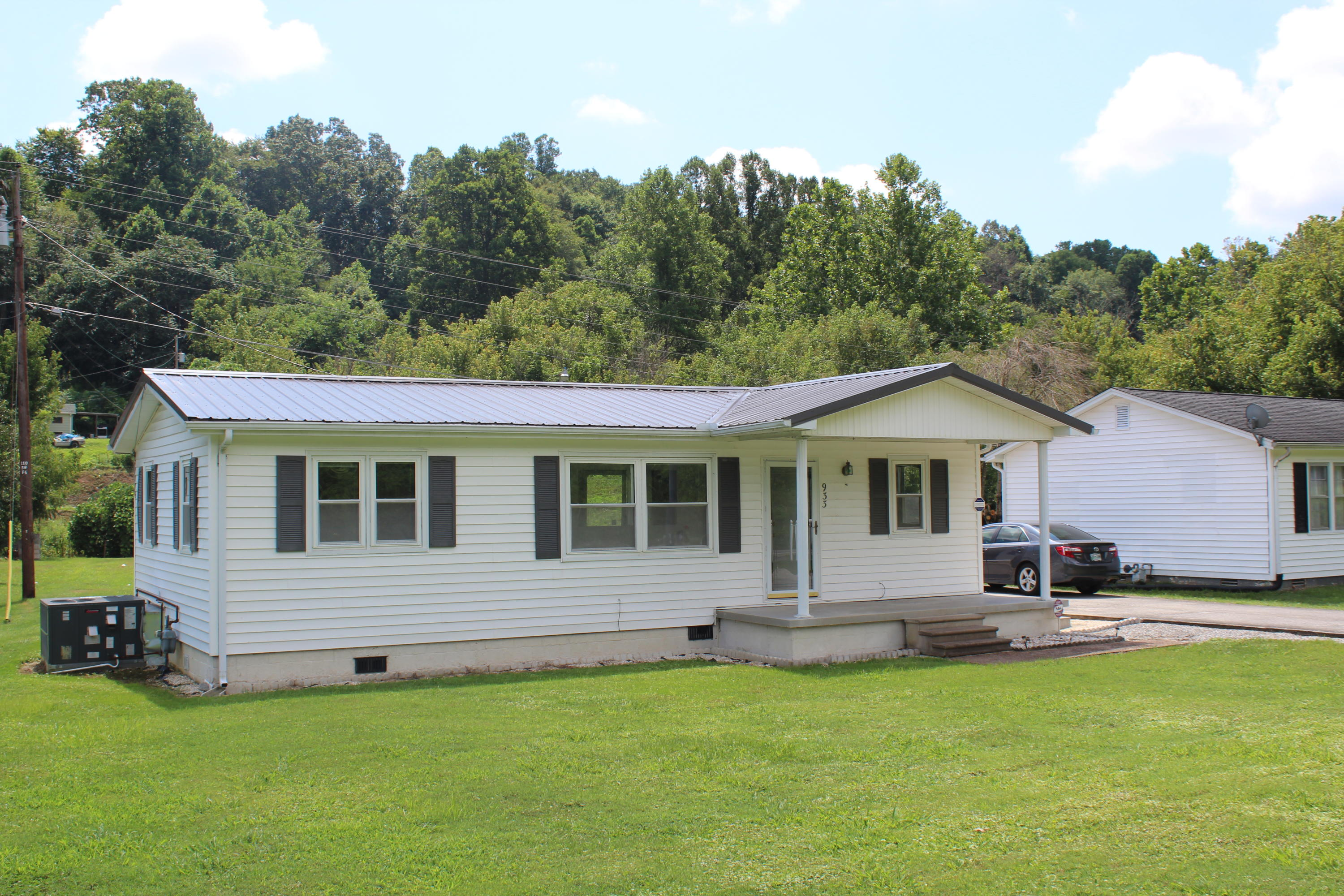 20190803173343696722000000-o Rocky Top anderson county homes for sale